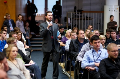 Rand Fishkin with audience 146